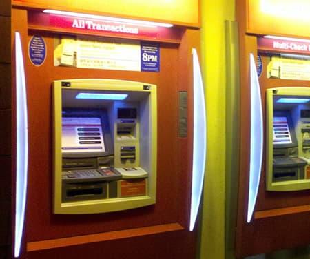 オンラインカジノの入出金方法を知っておこう